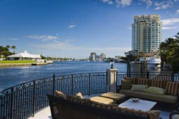 Relax on the intracoastal and watch the yachts glide by (Pic)