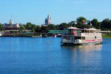 Take a boat tour to see Orlando's top attractions from the water. (Pic)